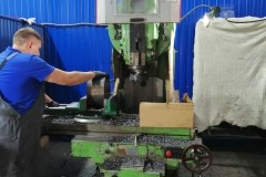 Фрезерный станок ВМ127 в работе
